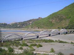 Ura me harqe ( ura e Zogut )
