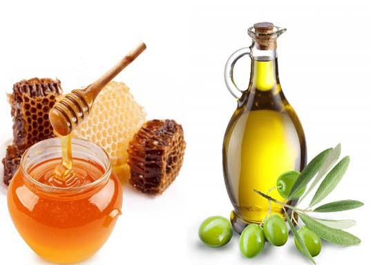 maska-e-flokut-me-mjalt-dhe-vaj-ulliri